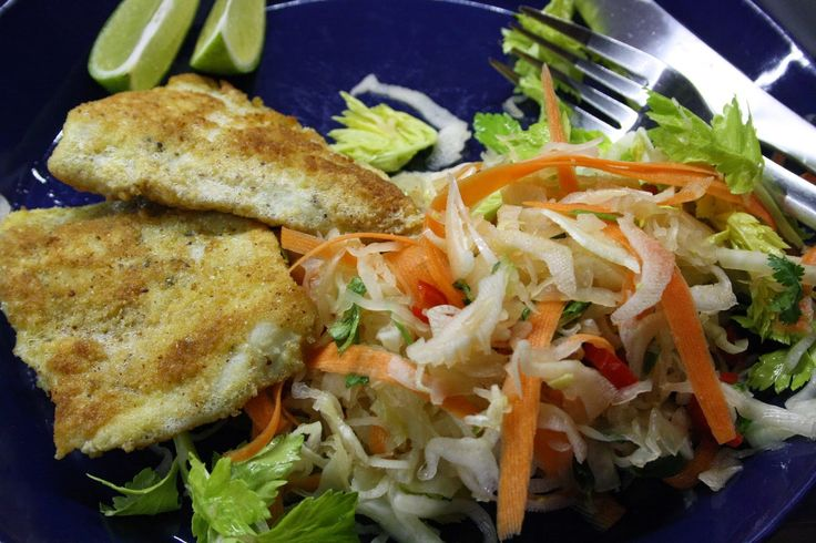 Hapankaalisalaatti & siikaa... Tai hapankaalisalaatti ja vaikka jauhelihapihvejä? Testaa resepti ja ihastu.