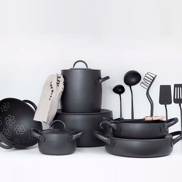 Designed by Enzo Mari for Zani & Zani, the Cookware Set is available in black (featuring a nonstick coating) or brushed stainless. The ensemble includes two stock pots, three casserole pans, two low pots, and four covers; €2,099.21 ($2,426.46) from Dep Design Store (the pieces are also sold individually). #LGLimitlessDesign #Contest