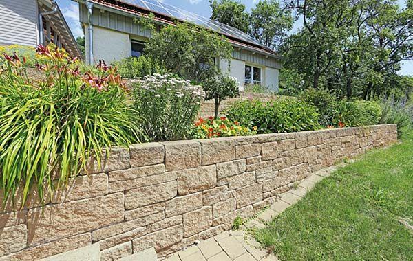 landhausmauer.jpg (600×380)