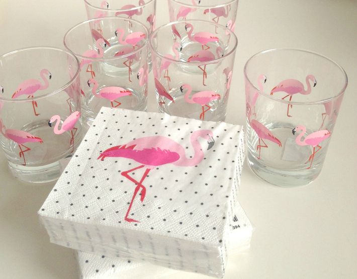 Pink Flamingo Glasses  & Napkins : Ikea   When I saw these glasses in Ikea, I instantly knew I had to get them, love the kitsch pi...
