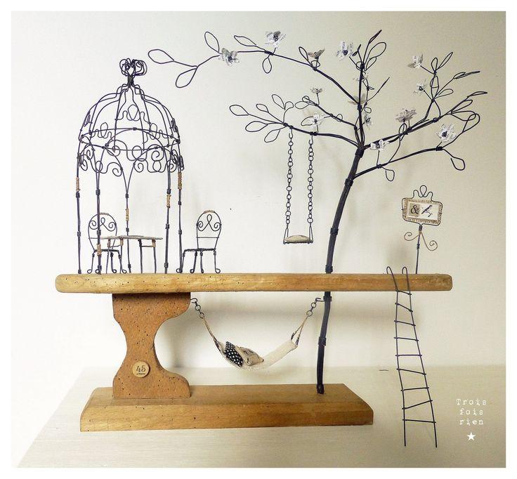 """""""Dans mon jardin secret, il y a..."""", sculpture fil de fer, scénette décorative thème jardin : Sculptures, gravures, statues par trois-fois-rien"""