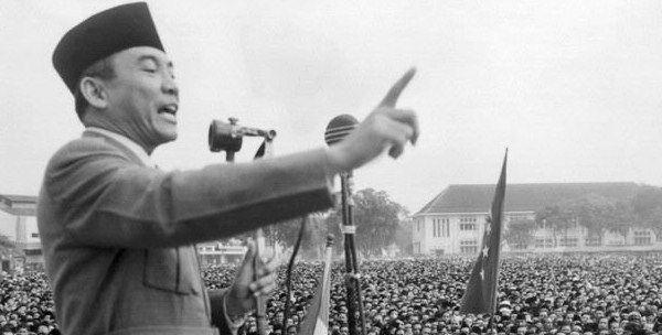 Pengertian Demokrasi Terpimpin Beserta Sejarah dan Pelaksanaannya - http://www.seputarpendidikan.com/2017/03/pengertian-demokrasi-terpimpin-beserta-sejarah-dan-pelaksanaannya.html