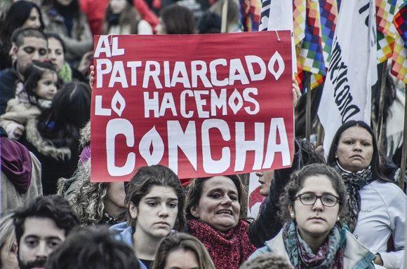 """Ni una menos"" en La Plata. Foto: Kaloian."
