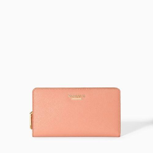 Fri frakt på ordre fra kr.999,- Leveringstid: 1-4 virkedager Modalu Belle lommebok i nydelig Saffiano skinn. 11 x 19 x 2cm