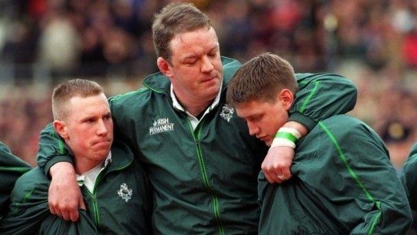 Mick Galway keeping an eye on Ronan O'Gara and Peter Stringer during their debuts in 2000.