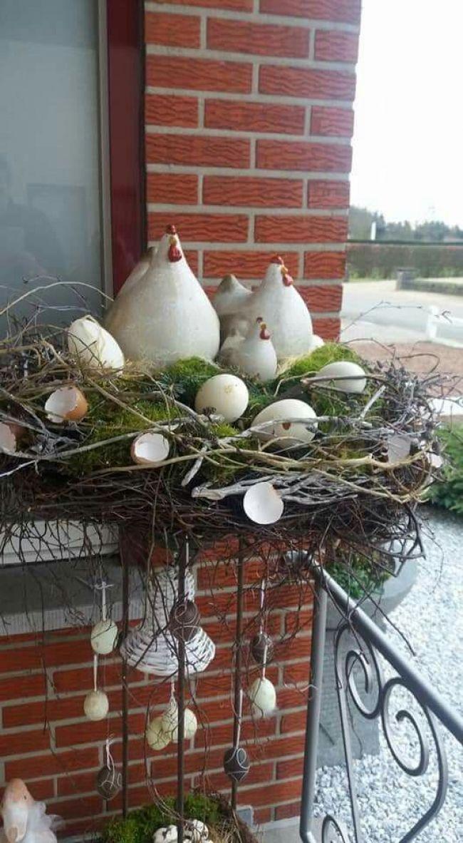 """Paasnest op staander Osternest auf einem Ständer Source by sachsentheresa"""", """""""