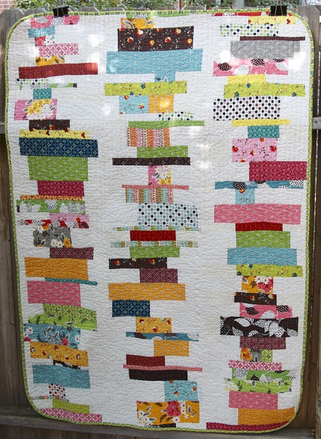 Love, love, love!!!!: Scrap Quilts, Quilts Patterns, Stacking Quilts, Fleas Marketing, Scrappy Quilts, Sewing Machine, Quilts Ideas, Stacking Book, Modern Quilts