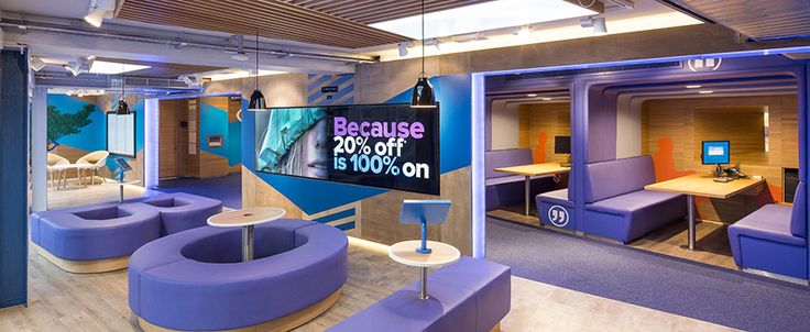 Bank of Ireland at DCU opened in September 2013 and is located in the Henry Grattan Building on campus. The bank offers banking services for students, staff and local businesses.
