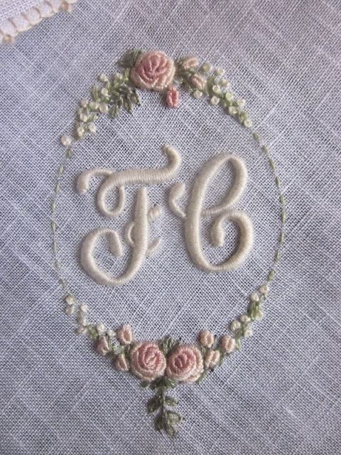 Elizabeth Hand Embroidery: Bullion stitch roses