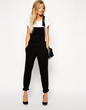Black '90's overalls - like Shannon Doherty but better! best for tall bodies, long legs, and high heels. ASOS 90's Style Dungaree