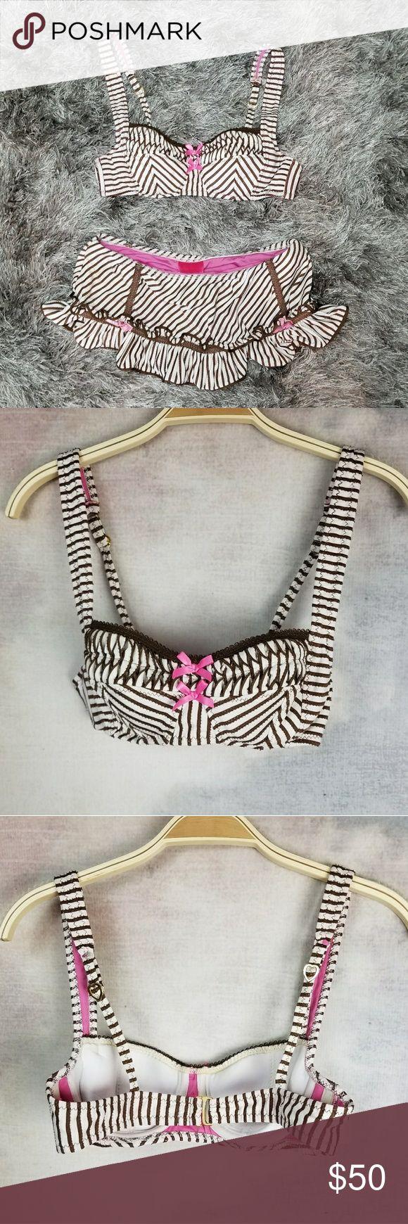 Betsey Johnson Swimsuit Soft cups, hot pink lining Betsey Johnson Swim Bikinis