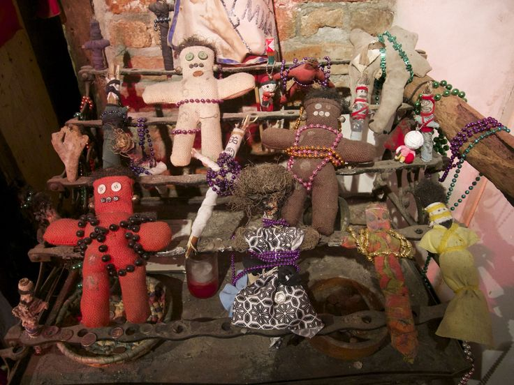New Orleans Historic Voodoo Museum - Specialty Museums, Museums - Learn about the history and what is voodoo in this small museum in New Orleans Historic Voodoo Museum