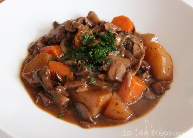 Champignons à la  bourguignonne, une recette vegan surprenante et délicieuse!