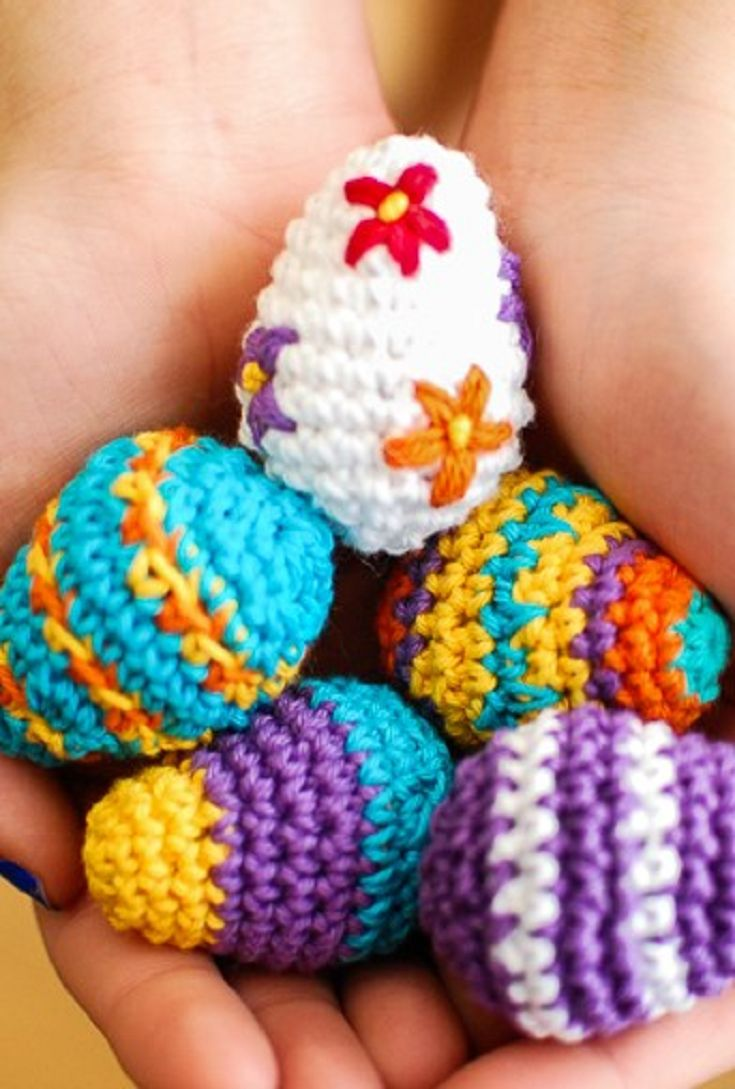10 Free Easter Crochet Patterns Your Family Will Love