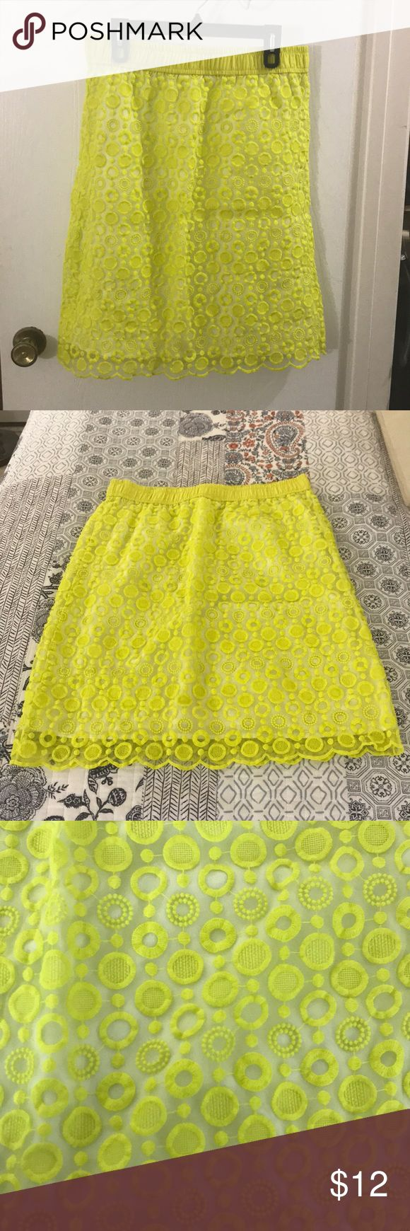 Bright Neon yellow skirt Lovely neon yellow skirt, white lining circle detail, has a n elastic band along the waist, so does have stretch 25 inches long Waist 17 inches Liz Claiborne Skirts