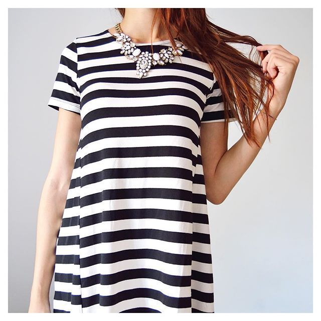 Snow White Statement Necklace #fashion #style #ootd #stripes #statementnecklace - 24,90 €  @happinessboutique.com