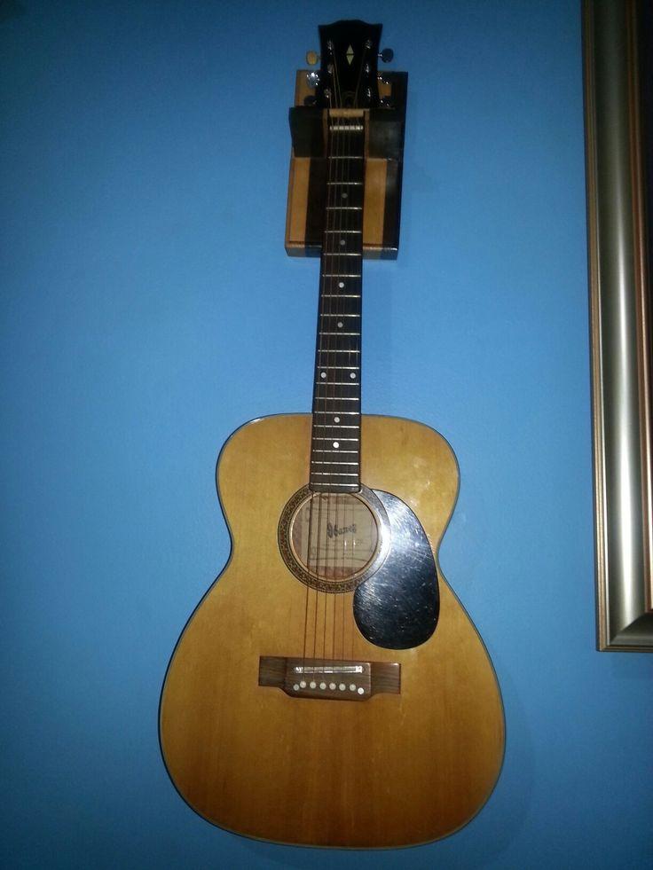 Handmade guitar holder