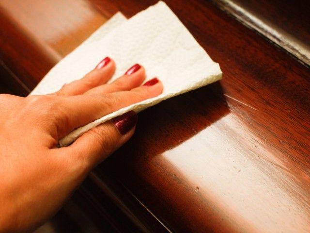 Царапины на мебели: 9 способов устранения 0
