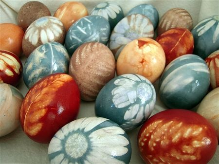 natural dyed easter eggs... very unique process