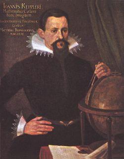 Johannes Kepler (Weil der Stadt, Alemania, 27 de diciembre de 1571 - Ratisbona, Alemania, 15 de noviembre de 1630), figura clave en la revolución científica, astrónomo y matemático alemán; fundamentalmente conocido por sus leyes sobre el movimiento de los planetas en su órbita alrededor del Sol. Fue colaborador de Tycho Brahe, a quien sustituyó como matemático imperial de Rodolfo II.
