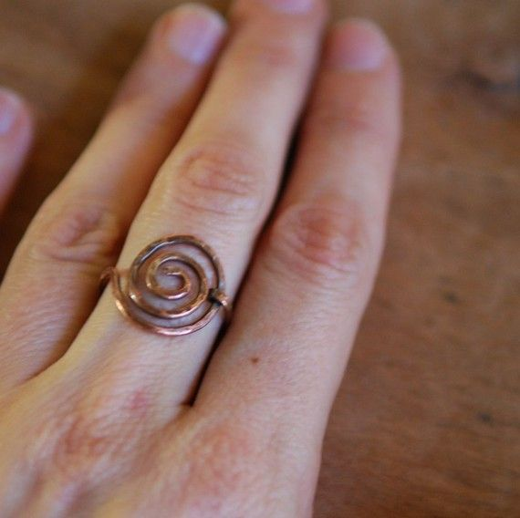 Artisan Copper Ring Simple Swirl Wire Wrapped by NeroliHandmade