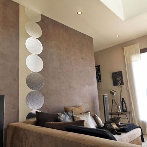 Decoration salon peinture d co salon gris et taupe pour for Peinture graphique salon