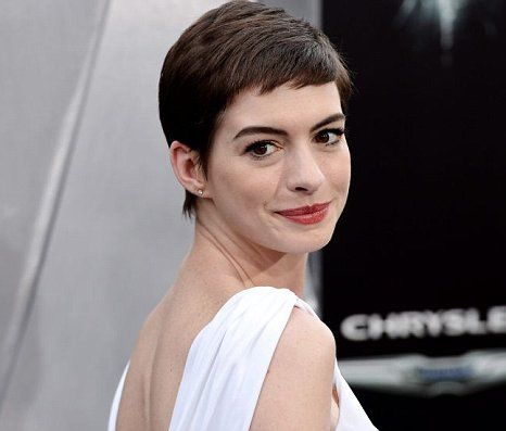 Anne Hathaway: I'd love to be on the US swimming team for London ...