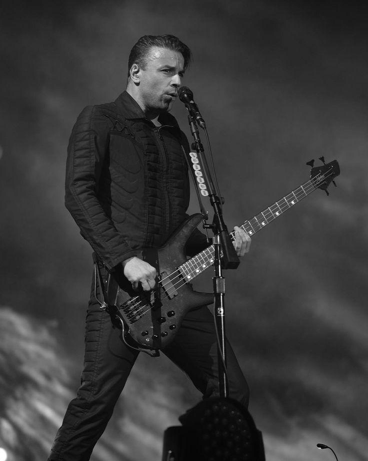 chris wolstenholme - photo #23