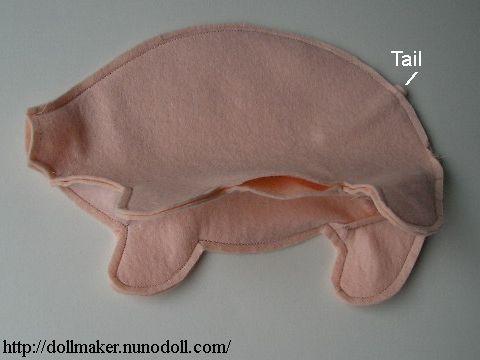 Stuffed pig Making