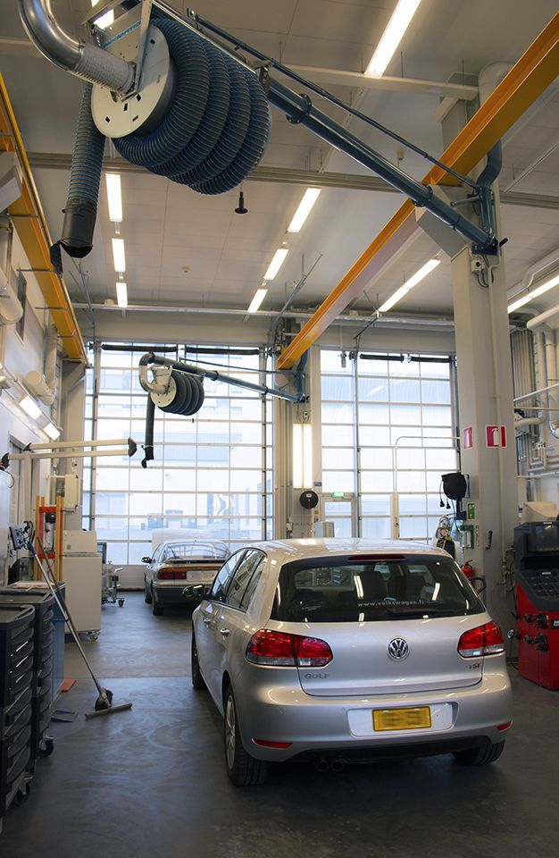 Automobile and Industrial Vehicle Engineering Laboratory.