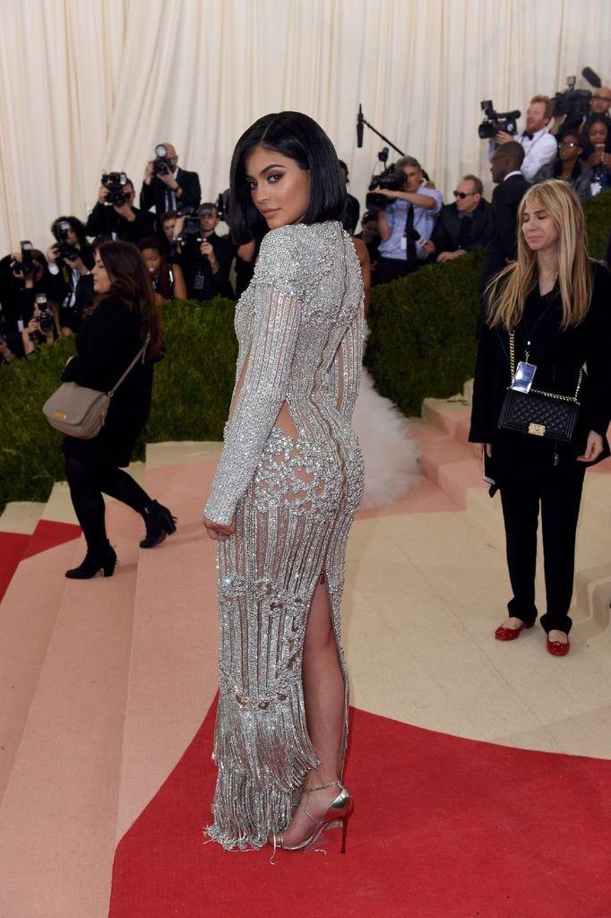 Kylie Jenner – Costume Institute Gala in New York : Global Celebrtities (F) FunFunky.com