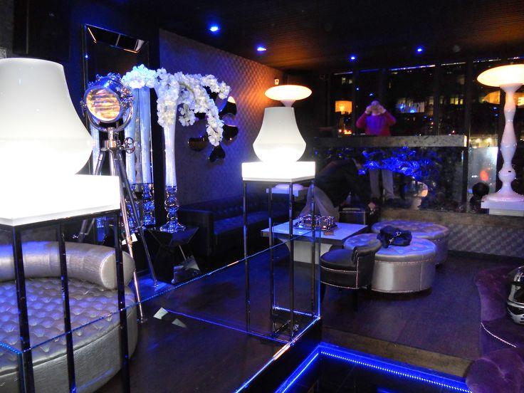 NewWD Decoracion de bares tematicos. Kube Madrid, decoracion moderna.