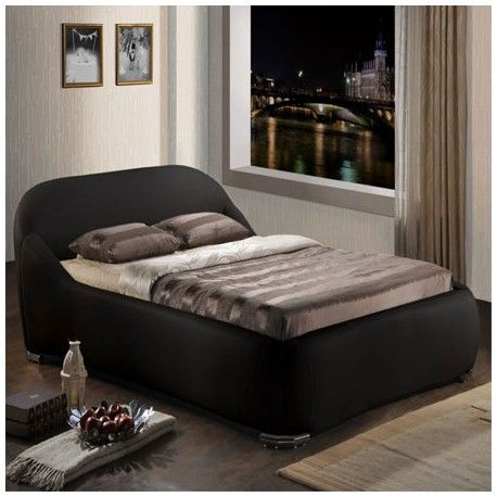The 5ft Manhattan 5ft King Size contemporary faux leather bed frame is both sophisticated and stylish. The subtle stitching detail and chrome corner feet provide the perfect finish to this designer bed frame.