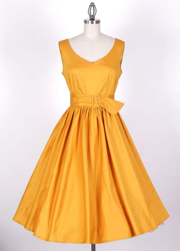 Vintage Ruffled V-Neck Sleeveless Yellow Country Western Dress
