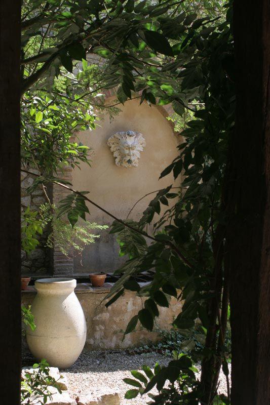 Secret garden, Provence