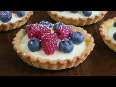 Корзиночки (тарталетки) с ягодами, белым шоколадом и маскарпоне - YouTube
