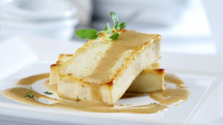 Tofu al horno con cebolla