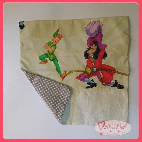 Copricuscino federa cuscino da ricamare punto croce aida Peter Pan