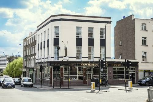 New Market Ale House London In vibrant Camden, New Market House features a traditional restaurant and lively bar. It offers free Wi-Fi, 24-hour reception, and is just 15 minutes' walk from Camden Town Underground Station.