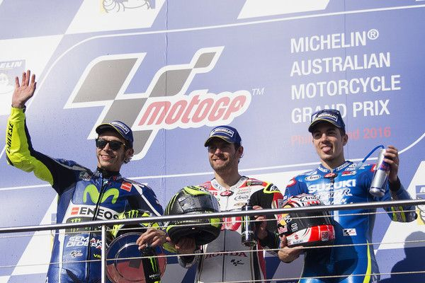 Maverick Vinales Photos Photos - (L-R) Valentino Rossi of Italy and Movistar Yamaha MotoGP, Cal Crutchlow of Great Britain and LCR Honda and Maverick Vinales of Spain and Team Suzuki ECSTAR  celebrate on the podium at the end of the MotoGP race during the MotoGP of Australia - Race during the 2016 MotoGP of Australia at Phillip Island Grand Prix Circuit on October 23, 2016 in Phillip Island, Australia. - MotoGP of Australia - Race