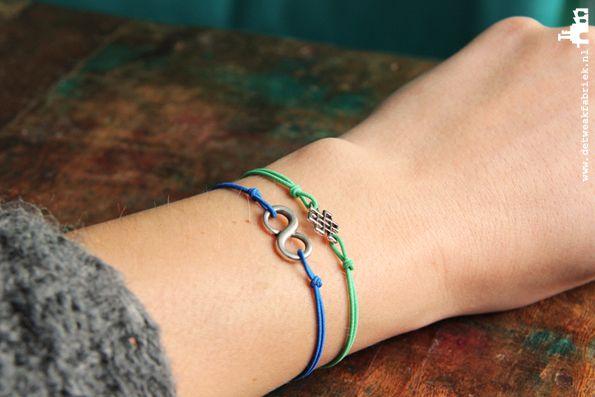 DIY armbandjes maken? Maak zelf deze DIY armbandjes van elastiek