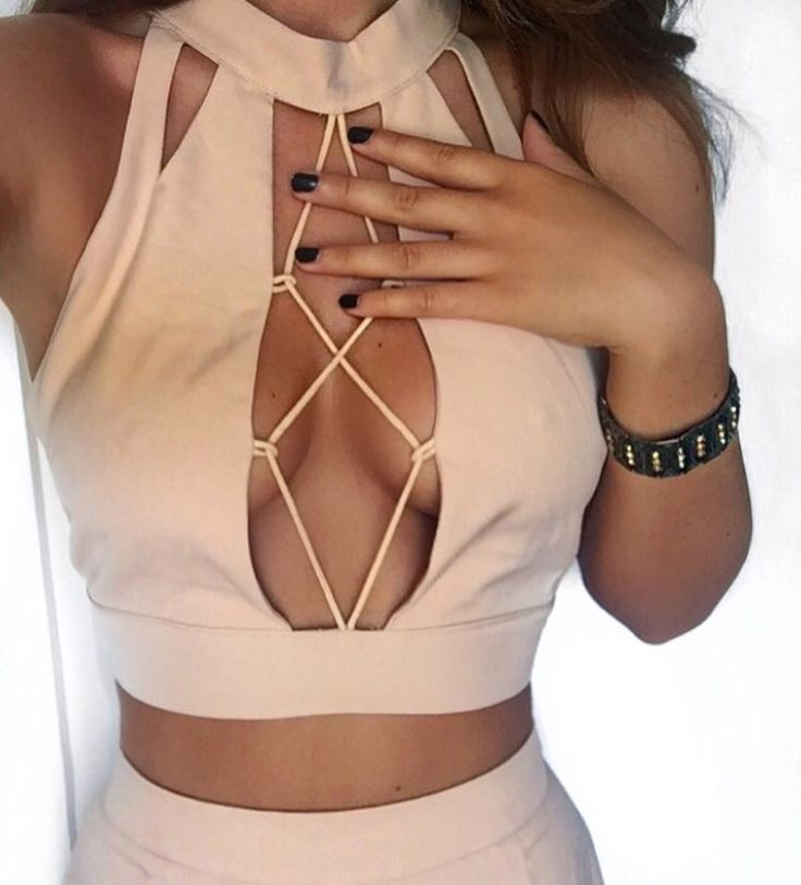 Street style, sexy outfit, spring chic, summer chic, nude lace up crop top, skirt