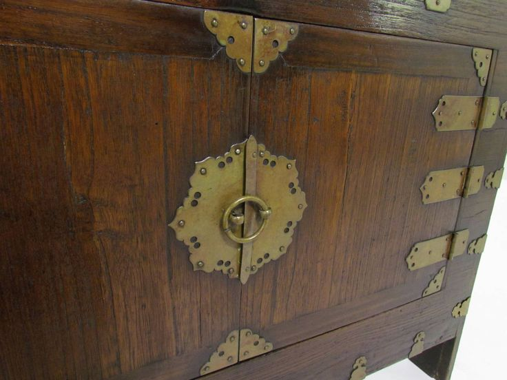 Antique 19th Century Korean Cabinet or Bandaji Chest with Brass Hardware - 292 Best Hong_[KOREAN FURNITURE_Style] Images On Pinterest