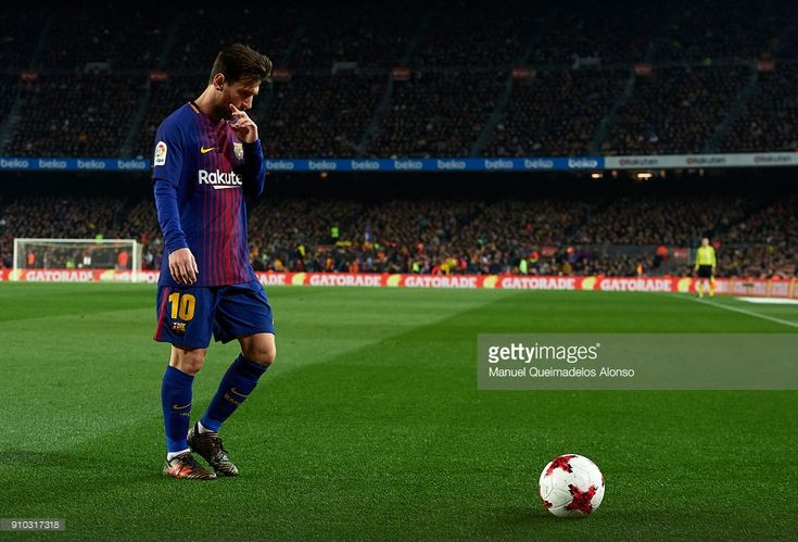 Lionel Messi of Barcelona walks on the pitch during the Spanish Copa del Rey Quarter Final Second Leg match between Barcelona and Espanyol at Camp Nou on January 25, 2018 in Barcelona, Spain.
