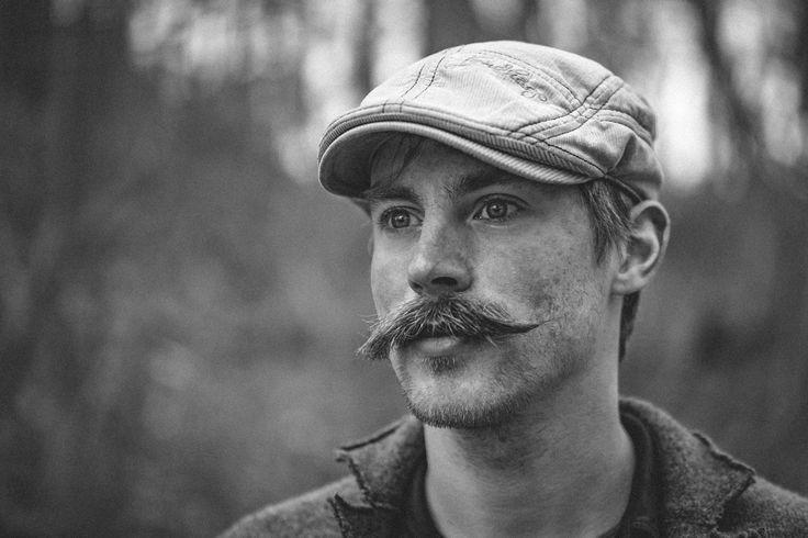 Mustache.  @torstencantilever musste dann auch zwischendurch als Fotomotiv her halten wenn Herr Schorse gerade mal dem Blickfeld entlaufen war. Wann hat man schon mal so eine Kombination aus Bart und Mütze? Die Style-Polizei darf ruhig kommen.      #portraitphotography #hildesheim #blackandwhite #bnw #portraits #portraiture #olympusomd #olympus #omd #em1 #stylish #instastyle #outfitoftheday #look #menswear #man #nocticron #portraitmood #makeportraits #portrait_perfection #portrait_shots…