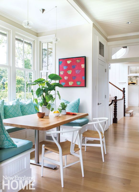 Perfect Jamestown Shingle Style Breakfast Nook