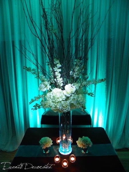 51 best wedding centerpieces images on pinterest wedding decor decor wedding and flower. Black Bedroom Furniture Sets. Home Design Ideas