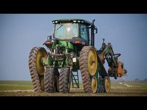 ▶ Exceptionnel! John Deere 8295RT transformé en enjambeur viticole - YouTube
