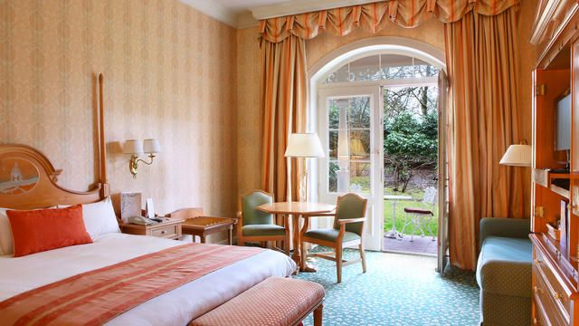 Disneyland Hotel Room Rates  Disneyland Paris Hotels