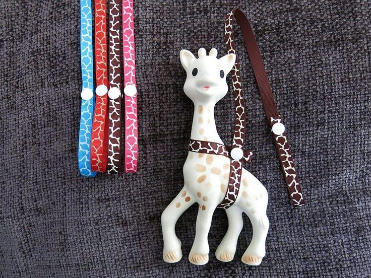 sophie-giraffe-teether-strap